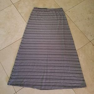 Chico's Long Maxi Skirt  Black and White Size 0